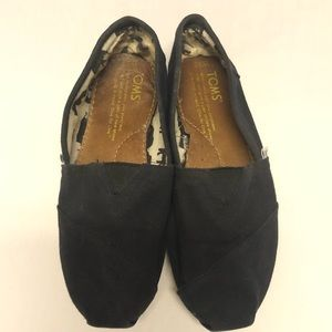 Toms loafer shoes navy 6.5